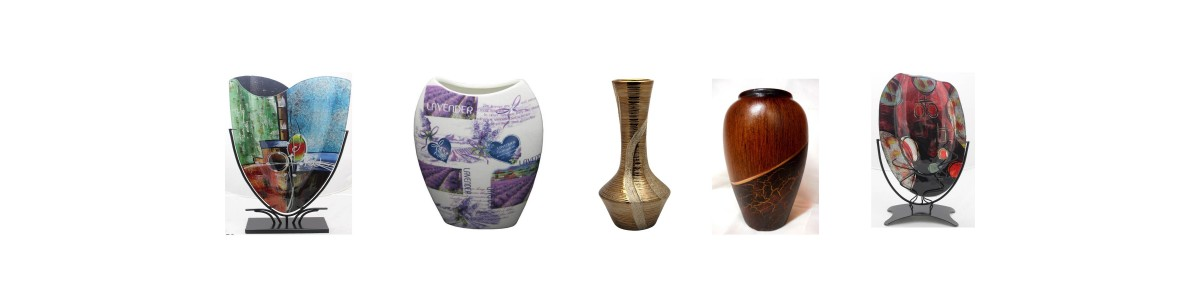 Tischvasen und Blumenvasen Porzellan mit ausgesuchte Motive von Atelier Harmony